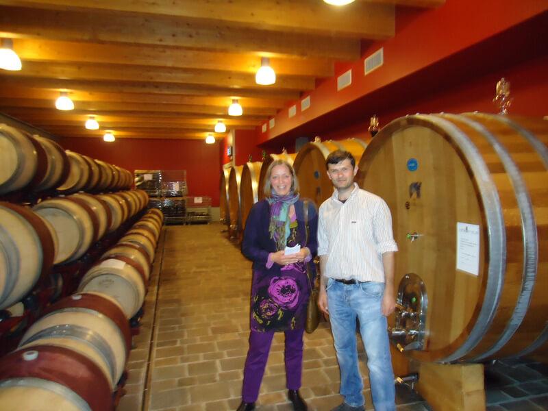In de kelders van San Salvatore in Campania, met de wijnmaker/enoloog