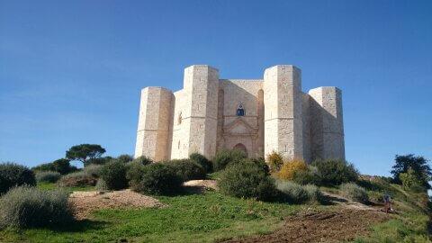 Castel Del Monte Docg