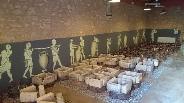 Spaanse amforen ingegraven bij Cos op Sicilie
